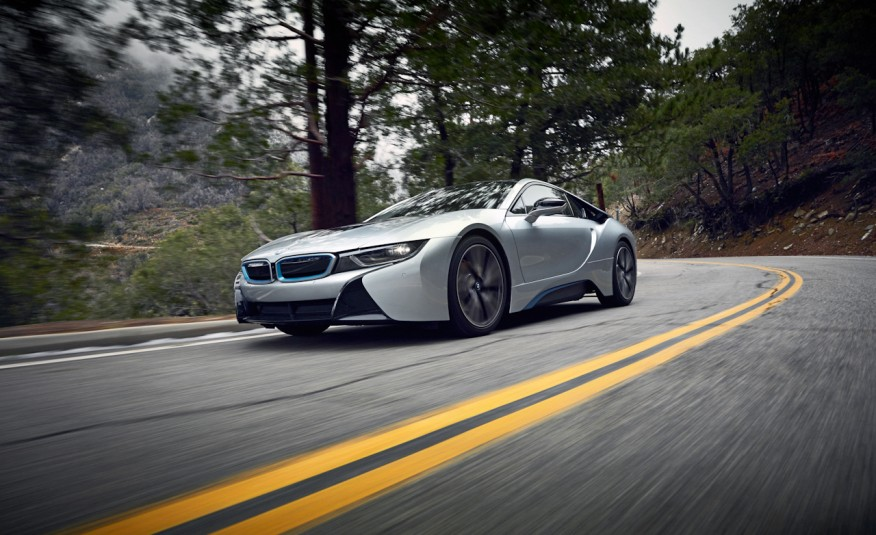 Bmw I8 Vs Angeles Crest Highway