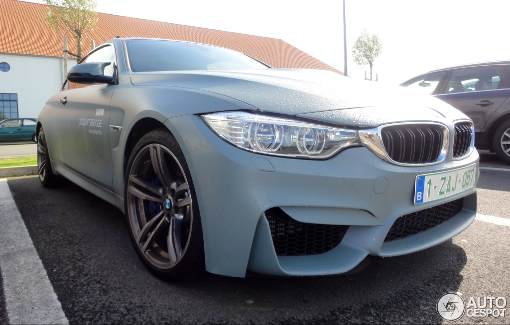 Bmw M4 Wrapped In Green Grey Ick
