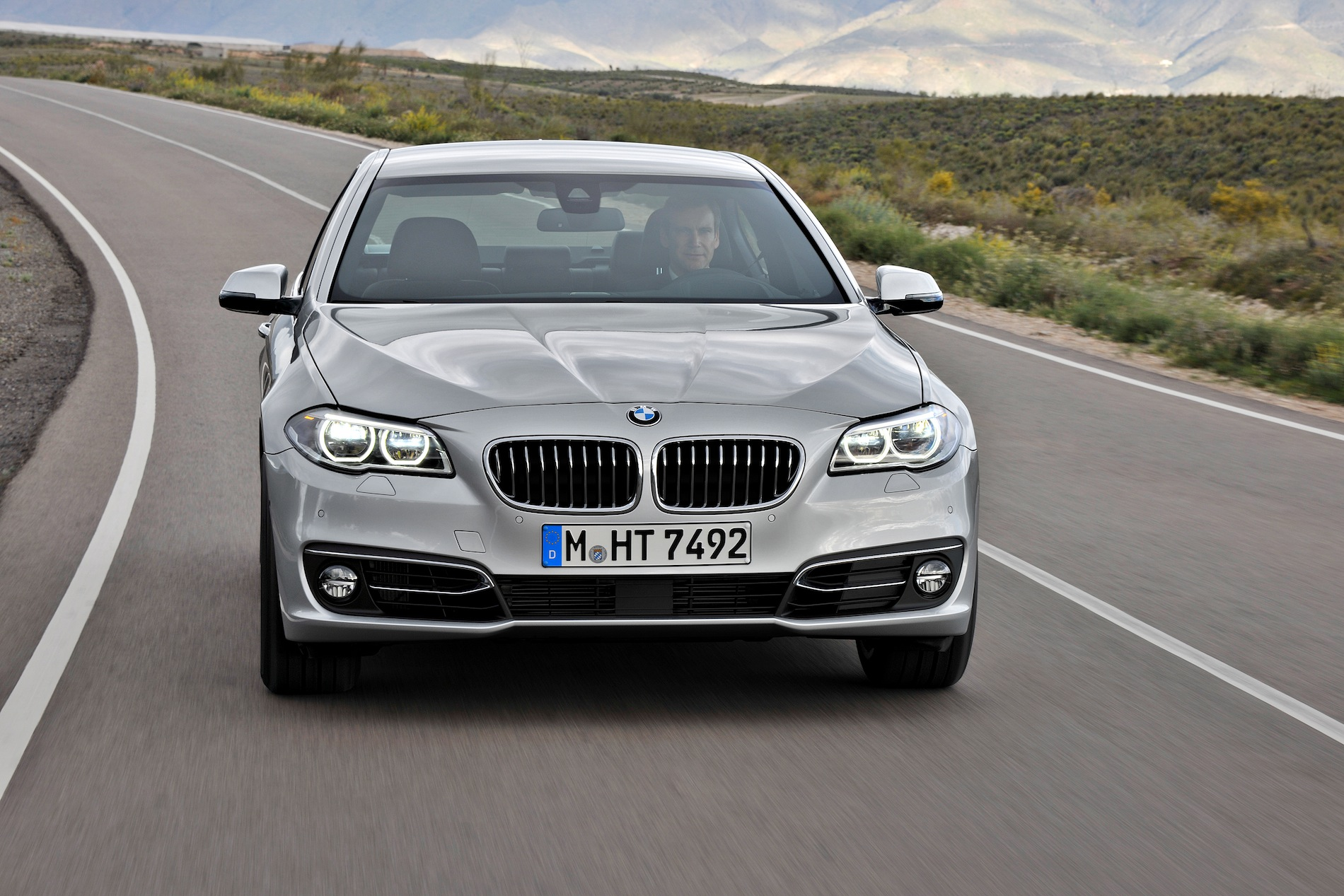 2014 5 Series Lci First Drive Review By Edmunds