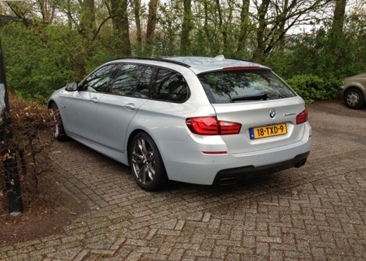First M550d Xdrive Touring Models Spotted In Public