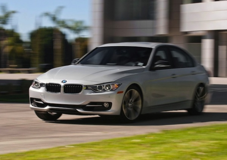 F30 328i Sport 8at Review By Motortrend 5 6 Sec 0 60 Mph