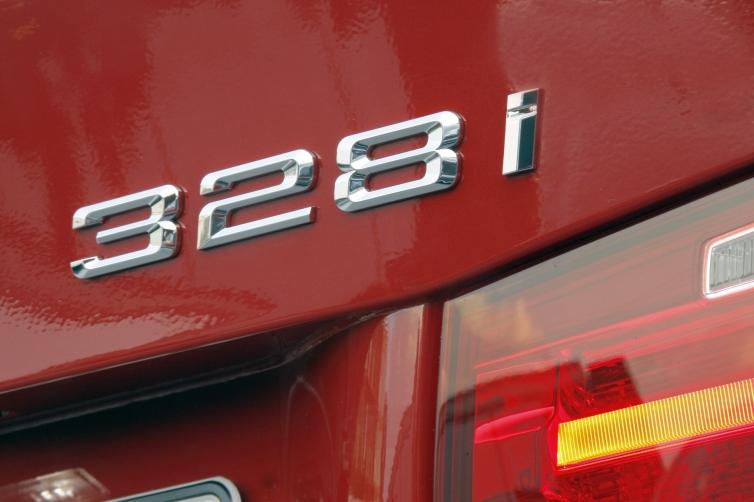 EPA Revises 2012 328i (F30) Fuel Mileage to 33 MPG
