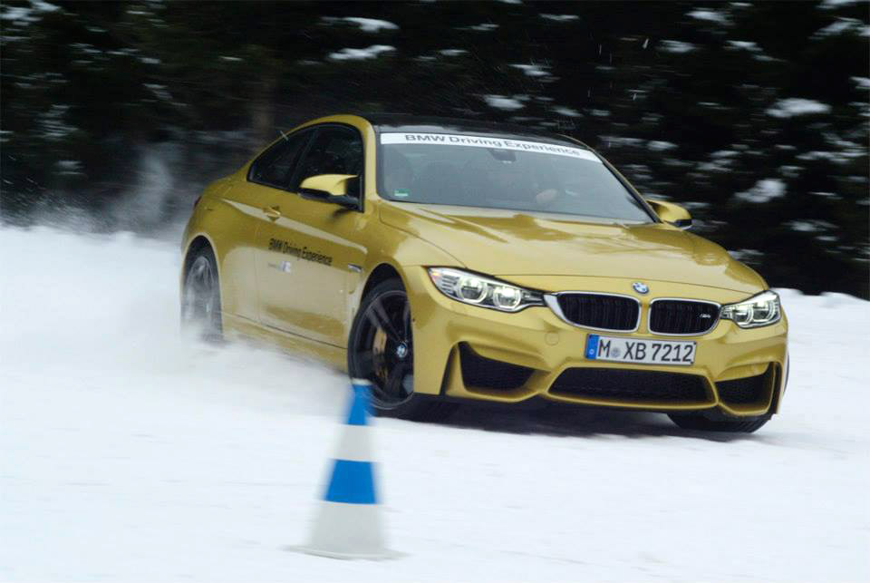 photos bmw m4 coupe plays in snow at bmw driving experience. Black Bedroom Furniture Sets. Home Design Ideas