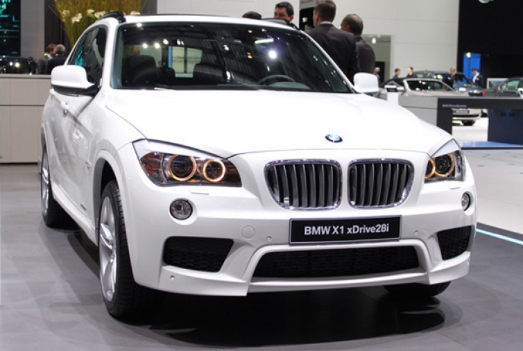 bmw x1 lci and m6 cabrio to debut at nyias us sales begin this summer. Black Bedroom Furniture Sets. Home Design Ideas