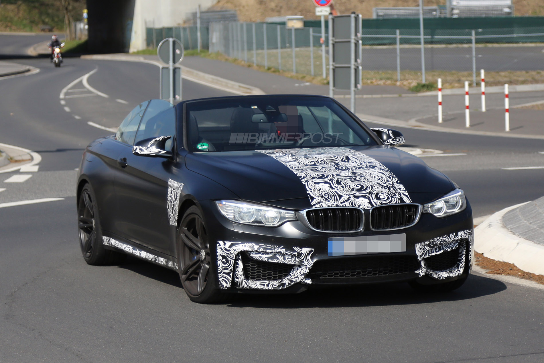 Bmw M4 Convertible F83 Reveals Nearly All Frozen White Red Black Added Video Page 9