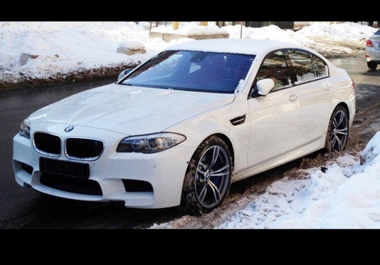 alpine white bmw m5 f10 delivery with owner review speed district rh speeddistrict com 2015 bmw m5 owners manual Custom BMW M5