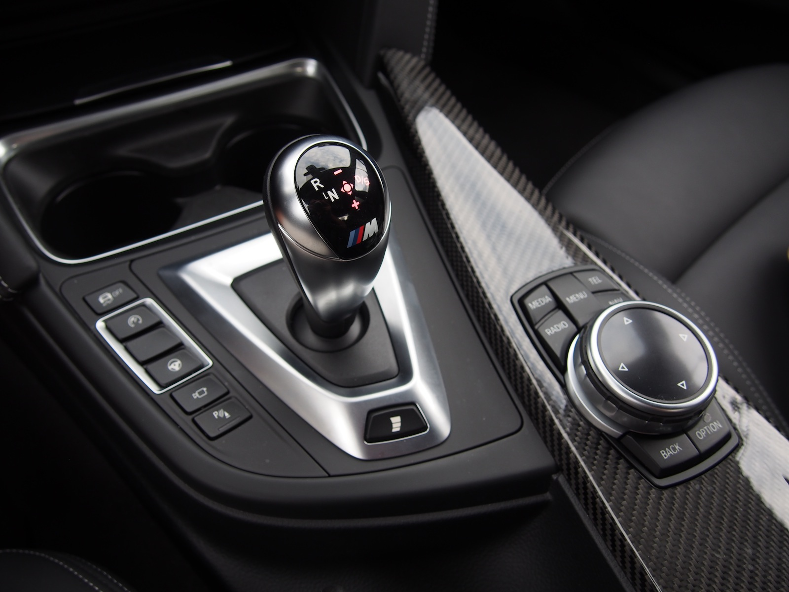 bmw m sales exec says dual clutch manual transmissions on. Black Bedroom Furniture Sets. Home Design Ideas