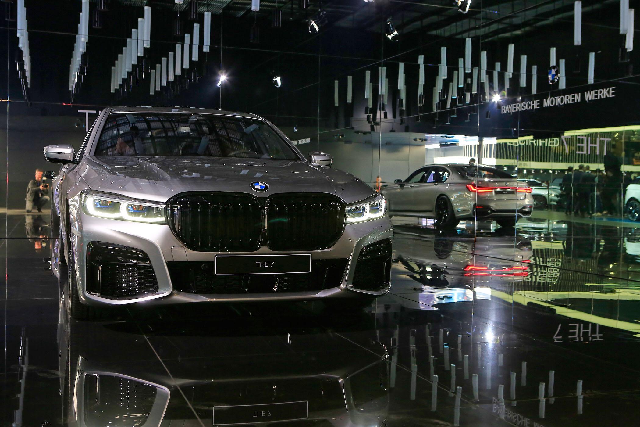 2019 Geneva Show: BMW 7 Series LCI M Sport and 745e